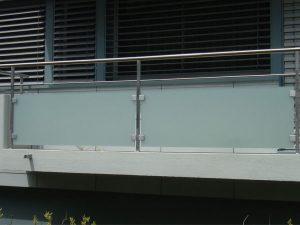 Balkonbruestungen, Balkongeländer, Balkonverglasungen, Glas Balkon
